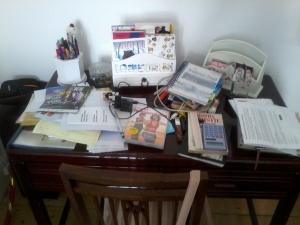 rendetlen íróasztal