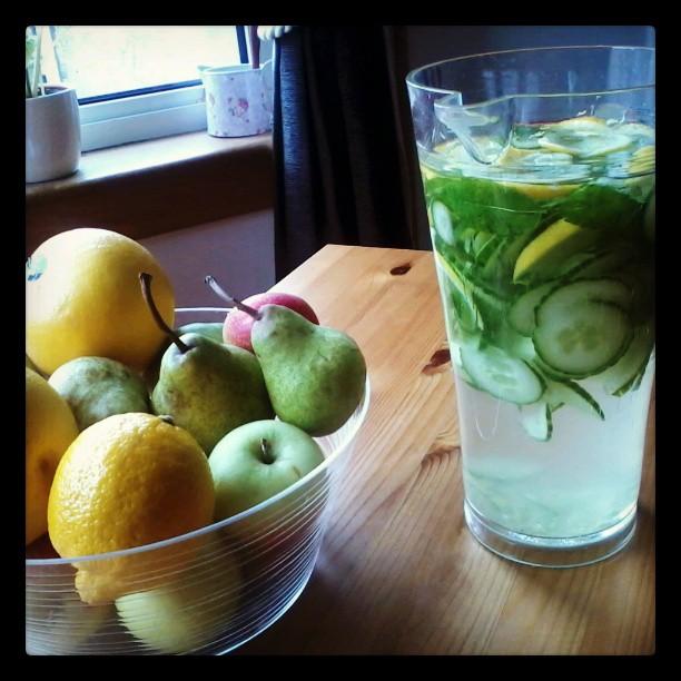 uborka-citrom-gyömbér-menta víz