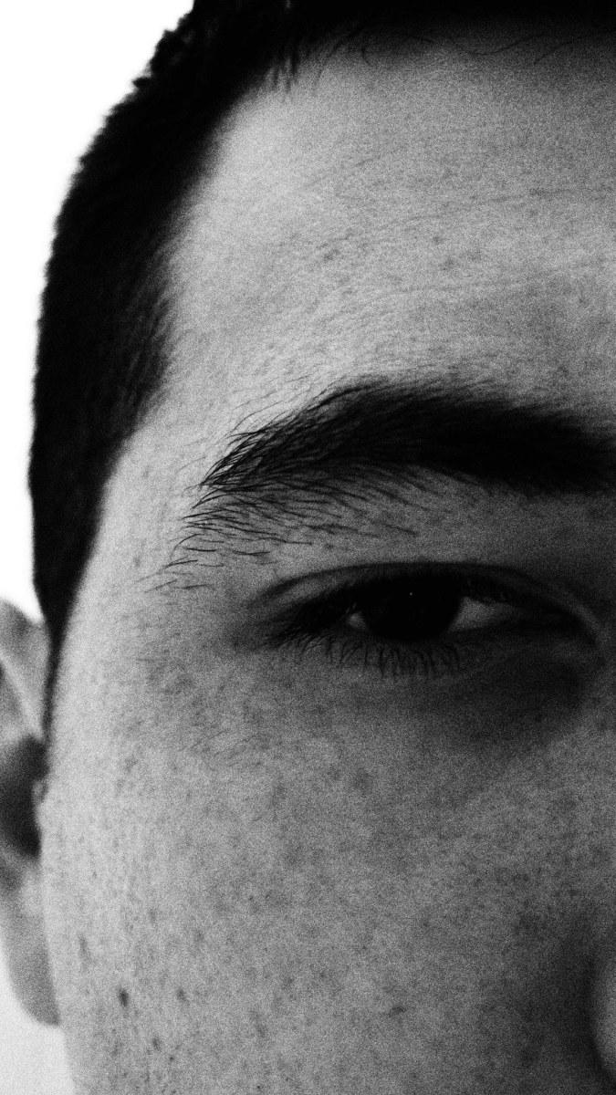 Egy arc, egy ember